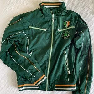 Jackets & Blazers - Retro Ireland windbreaker green jacket size Medium
